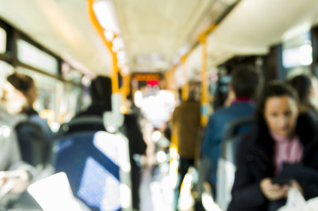 Voyager en bus: Les avantages et les inconvénients